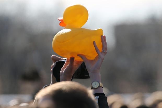 Как отреагировали на антикоррупционные митинги в соцсетях