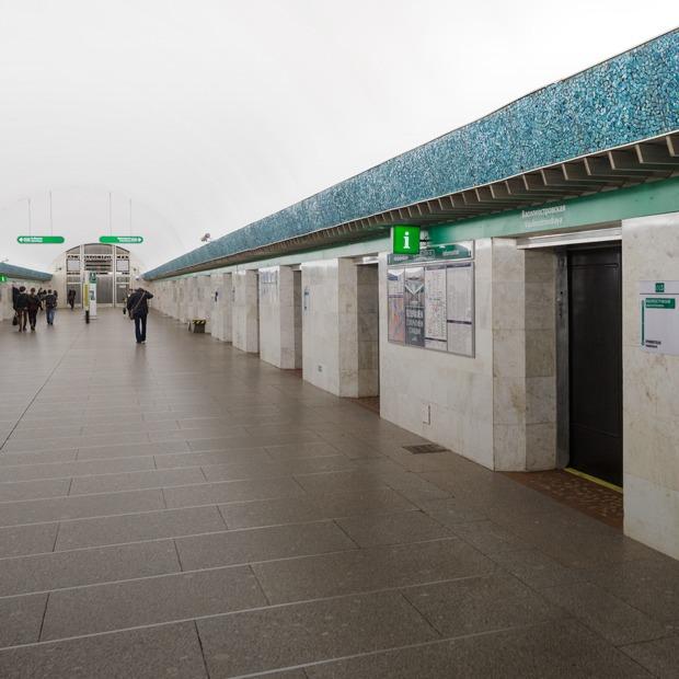 Как выглядит станция метро «Василеостровская» после ремонта — Фоторепортаж на The Village