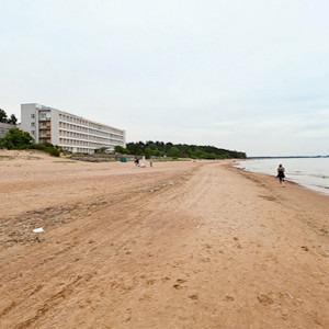 Гид по пляжам в городе и на заливе — Инфраструктура на The Village