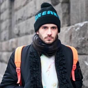 Внешний вид (Москва): Толя Козырев, продюсер