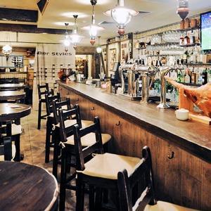 Новое место (Киев): Ресторан «Чёрный поросёнок» — Новое место на The Village
