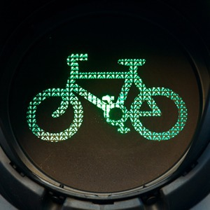 Что происходит с велодорожками в Петербурге? — Интервью на The Village