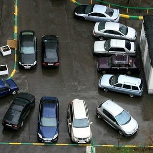 В каждом московском дворе появится 30 парковочных мест