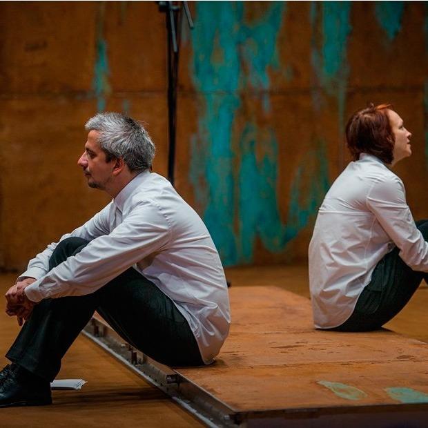 Кашель не отпускает: Зачем «Волшебная гора» оставляет зрителя наедине с собой — Театр на The Village