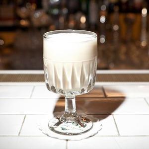 Бухучёт: Традиционные зимние напитки Eggnog — Рестораны на The Village