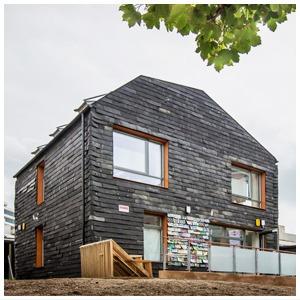 Зачем в Англии построили дом из зубных щеток и джинсов — Иностранный опыт на The Village