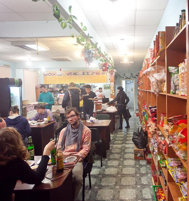 Все свои: Китайская столовая на Загородном  — Рестораны на The Village