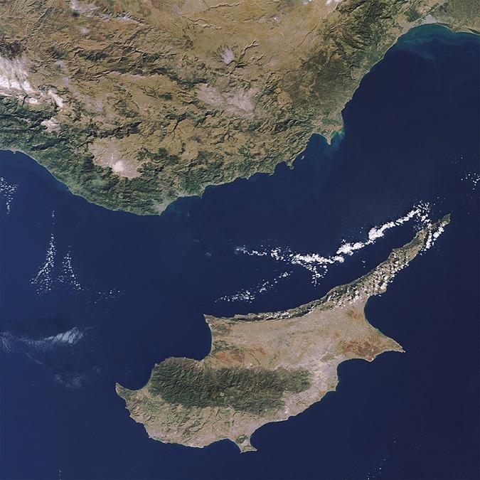 Республика Кипр: 3 способа оптимизировать налоги в бывшем оффшоре — Облако знаний на The Village
