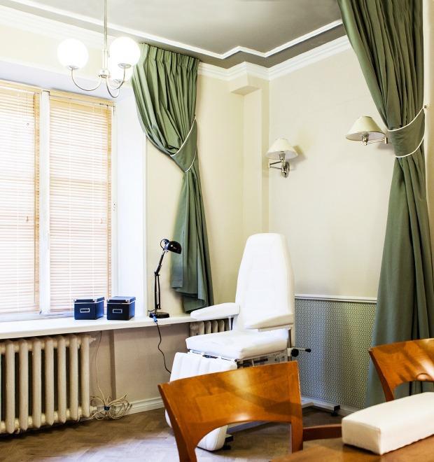 Новое место: Женская парикмахерская Annie Hall — Сервис на The Village
