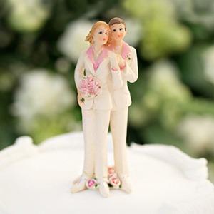 Уж замуж невтерпёж: Каких прав хотят гей-активисты в России