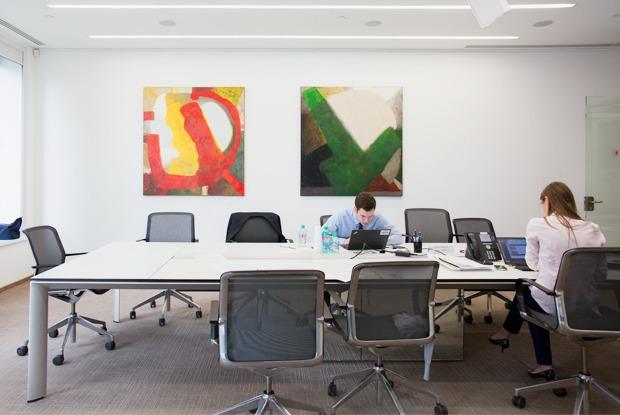 Как работают в McKinsey — Офис на The Village