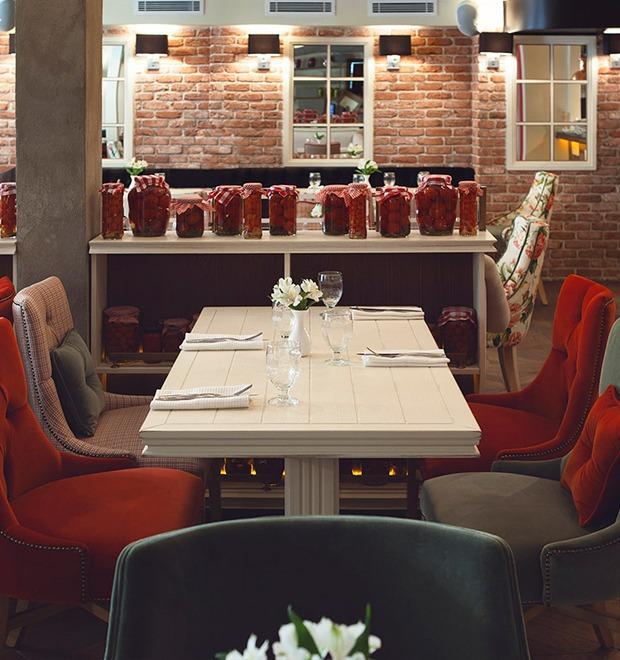 На Пушечной открылся ресторан итальянской кухни Insolito — Рестораны на The Village
