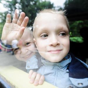 Фоторепортаж: В Киеве открылся сезон на детской железной дороге — Фоторепортаж на The Village
