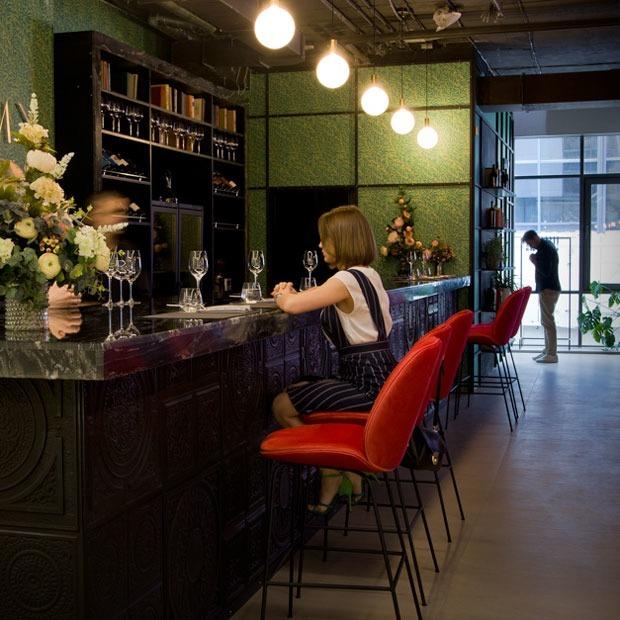 Новое место: Винный бар Amy Wine House — Место на The Village