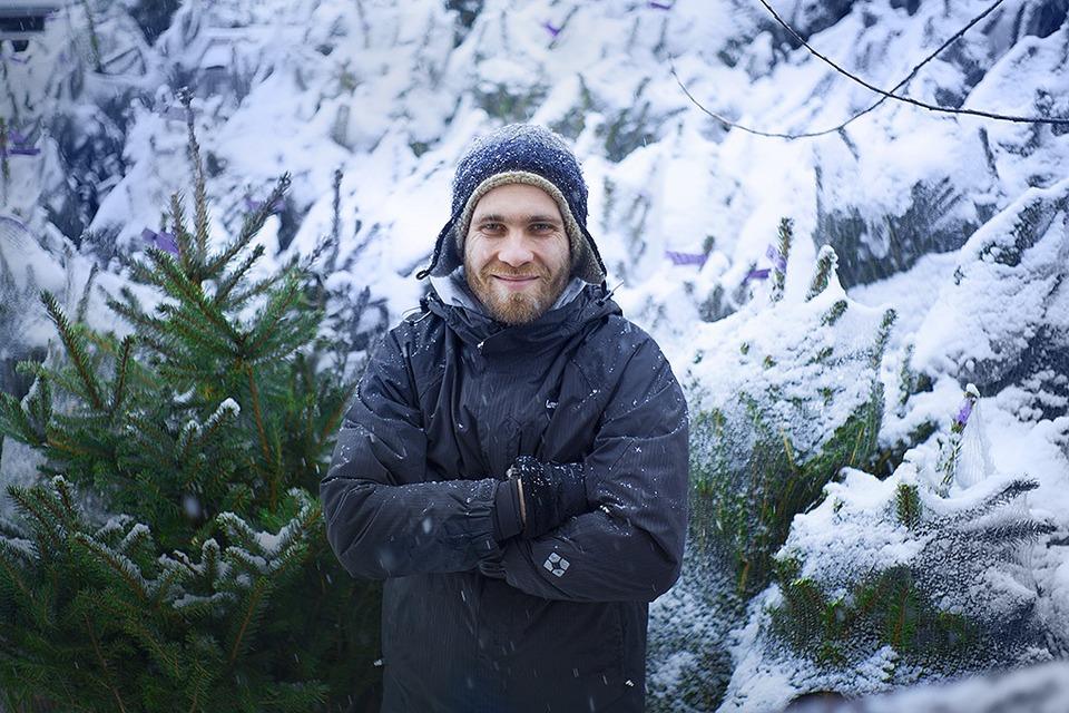 Бизнес на «ЭкоЁлках»: Встретить Новый год, не срубив дерева — Сделал сам на The Village