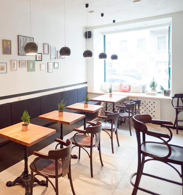 Новое место (Петербург): Кафе-бар Wood — Новое место на The Village