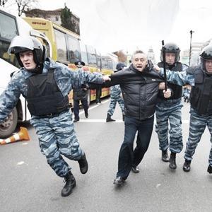 Copwatch: Действия милиции на Крещатике в день оглашения приговора Юлии Тимошенко — Люди в городе на The Village