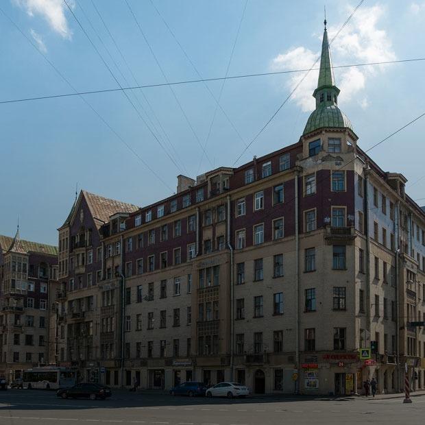 «Я живу в доме купца Полежаева» (Петербург) — Где ты живёшь на The Village