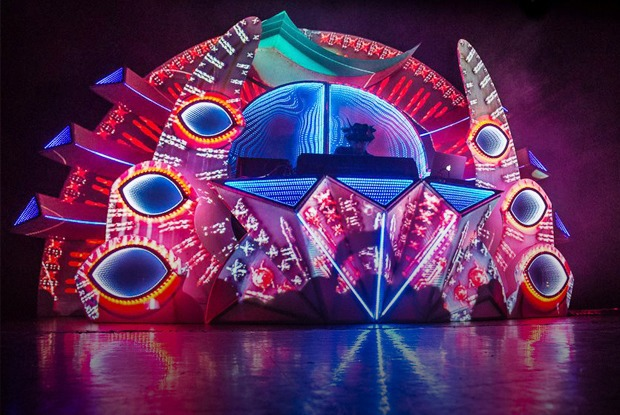 Опера на Мясницкой, Виктор Цой в парке Горького, концерт Shpongle и ещё 17 событий — Выходные в городе на The Village
