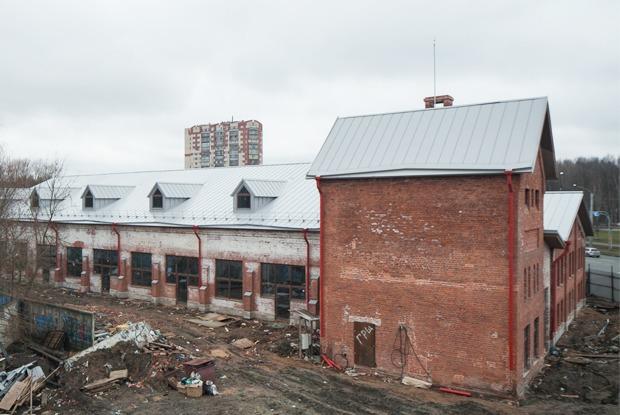 Как заброшенную молочную ферму в Петербурге превращают в общественный центр  — Фоторепортаж на The Village