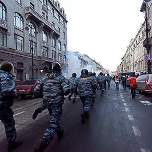 Фоторепортаж: Митинг 5 марта на Исаакиевской площади — Ситуация на The Village
