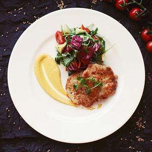 Рецепты шефов: Тайские котлетки из сибаса, креветок и кальмаров
