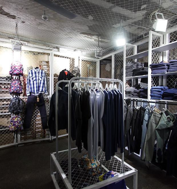 Новое место (Петербург): Магазин Code7 — Магазины на The Village