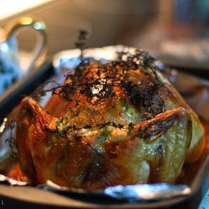 Курица в сливочном соусе с белым вином, тимьяном, шалфеем и чесноком — Рецепты читателей на The Village