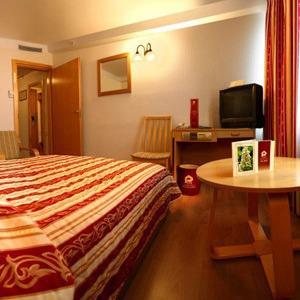 Украинские отели снижают цены для иностранных болельщиков — Евро-2012 на The Village