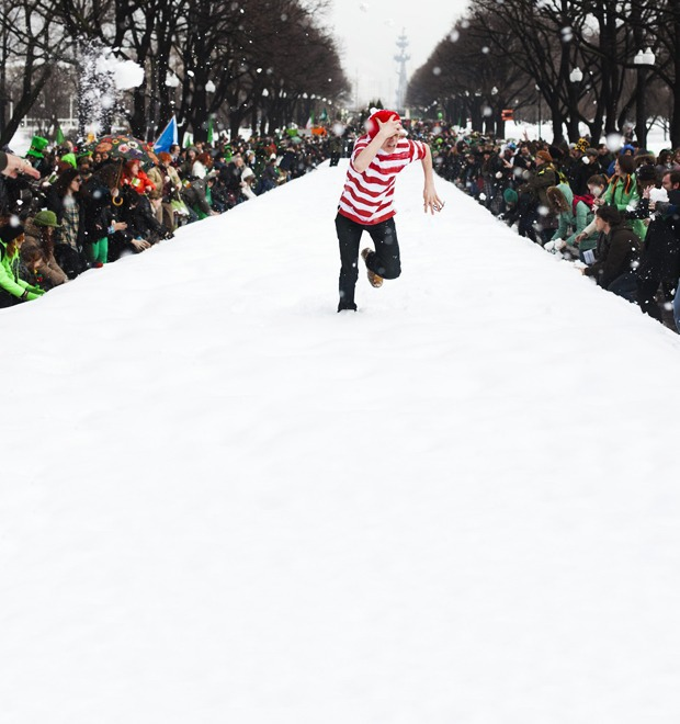 Люди в городе: Участники парада в честь Дня святого Патрика