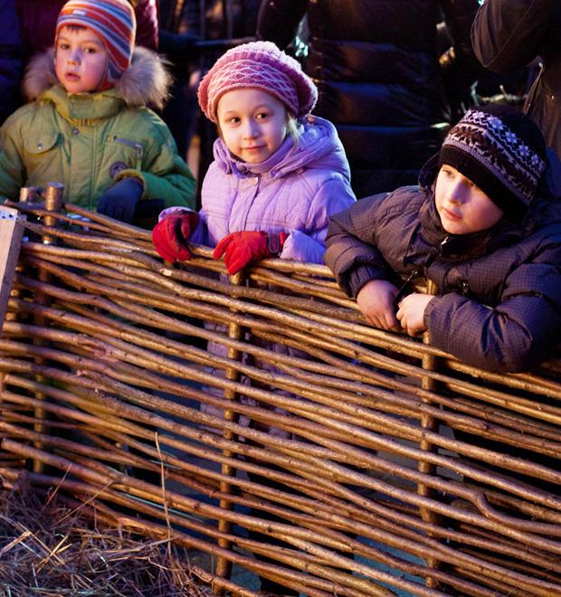 Люди в городе: Рождественская деревня ВВЦ — Люди в городе на The Village
