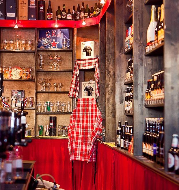 Все свои: Пивбар и магазин на «Пионерской» — Рестораны на The Village