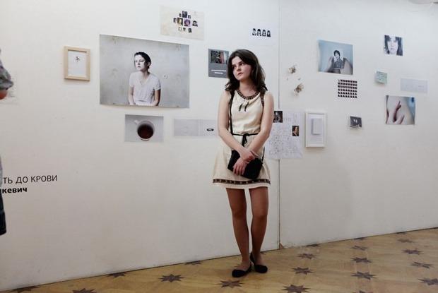 «Художники из Петербурга всегда чувствуют себя обиженными»: Кураторы — о проблемах молодых авторов — Ситуация на The Village