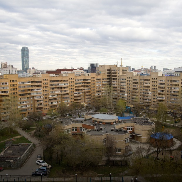 «Я живу в квартире архитектора, который построил дом и район» — Где ты живёшь на The Village