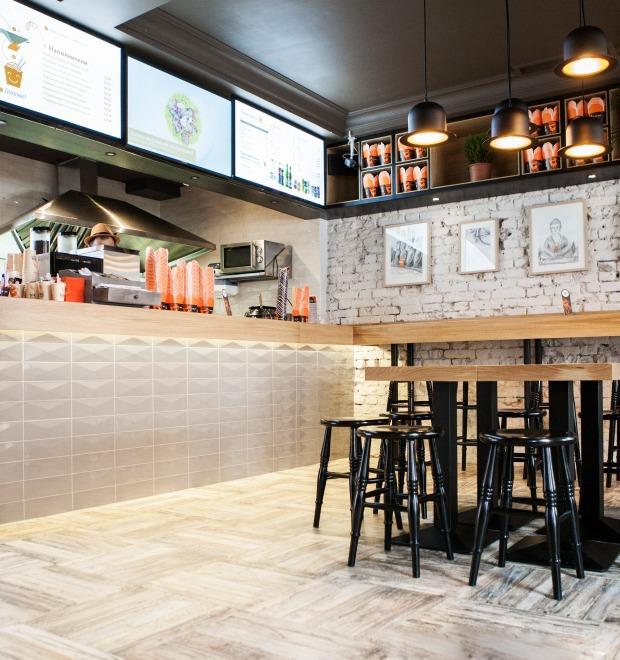 Новое место: Кафе «Вок-Стрит»