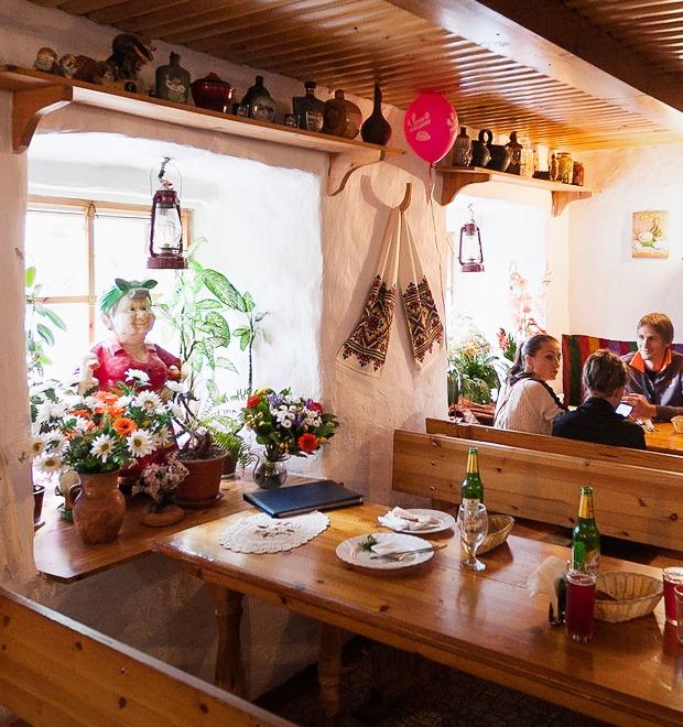 Все свои: Украинское кафе наМира — Еда на The Village