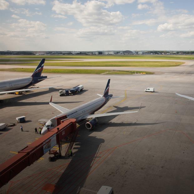 Шереметьево изнутри: Что никогда не видят пассажиры аэропорта — Фоторепортаж на The Village
