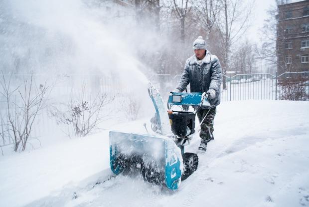 Как Москва справляется с неожиданным декабрьским снегом — Фоторепортаж на The Village