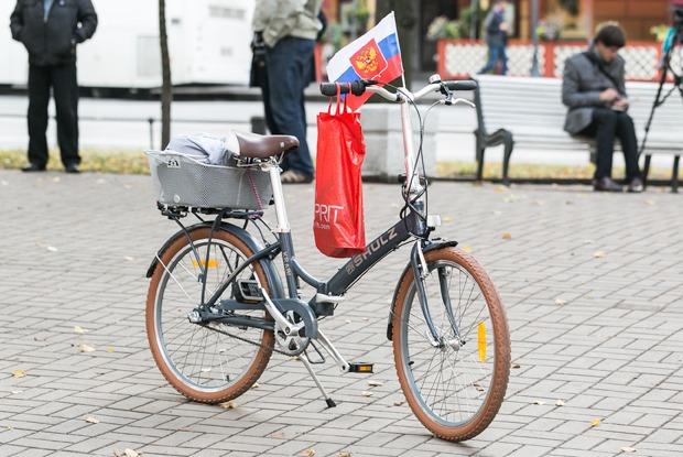 Как Петербург хотел присоединиться ко «Дню без автомобиля» и не смог  — Фоторепортаж на The Village