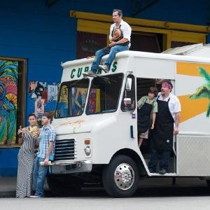 «Повар на колёсах»: Как уволиться из серьезного ресторана и открыть кафе-фургон с кубинской едой