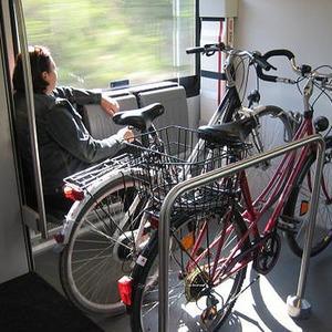 В вагонах городских электричек появятся места для велосипедов — Ситуация на The Village