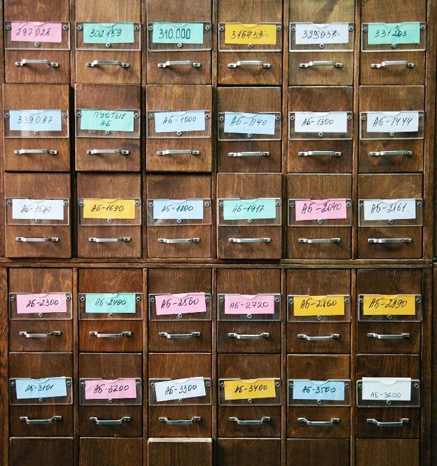 Люди в городе: Кто берёт книги в библиотеках — Люди в городе на The Village