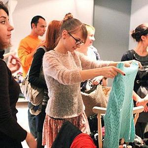 В Киеве можно будет обменяться ненужной одеждой и обувью — События на The Village