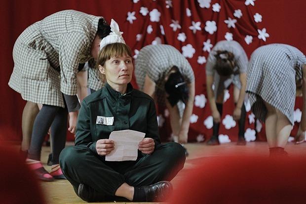 Исправление искусством: Как поставить спектакль в женской колонии под Иркутском — Как всё устроено на The Village