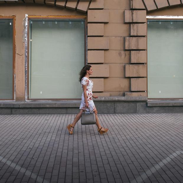 Как выглядит Кутузовский проспект после ухода арендаторов — Фоторепортаж на The Village