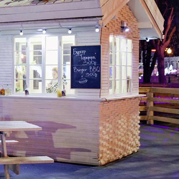 7 кафе вокруг катка в парке Горького