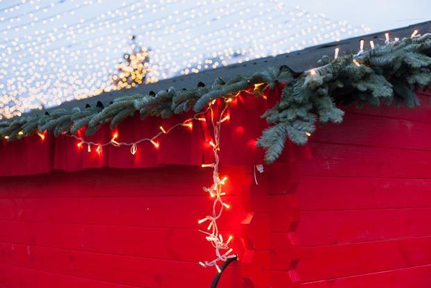 Торг уместен: Иностранцы инспектируют рождественские ярмарки Москвы — Город на The Village