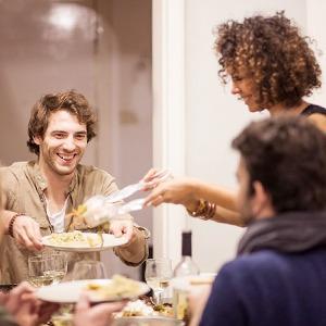 Едящие вместе: Как работает проект EatWith в России и мире