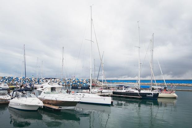 Как обслуживают яхты в Сочи — Как это работает на The Village