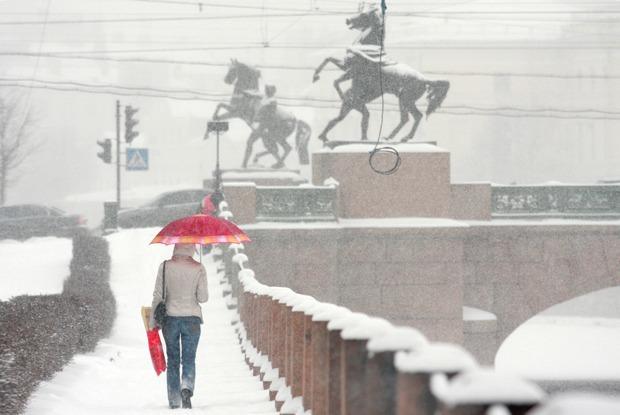 Как снег парализовал Петербург